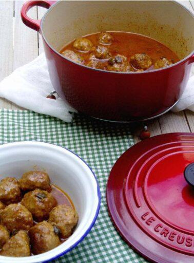 receta albondigas cazuela hierro