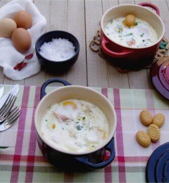 huevo a los 4 quesos con salmon