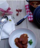 lomo en salsa en cocotte