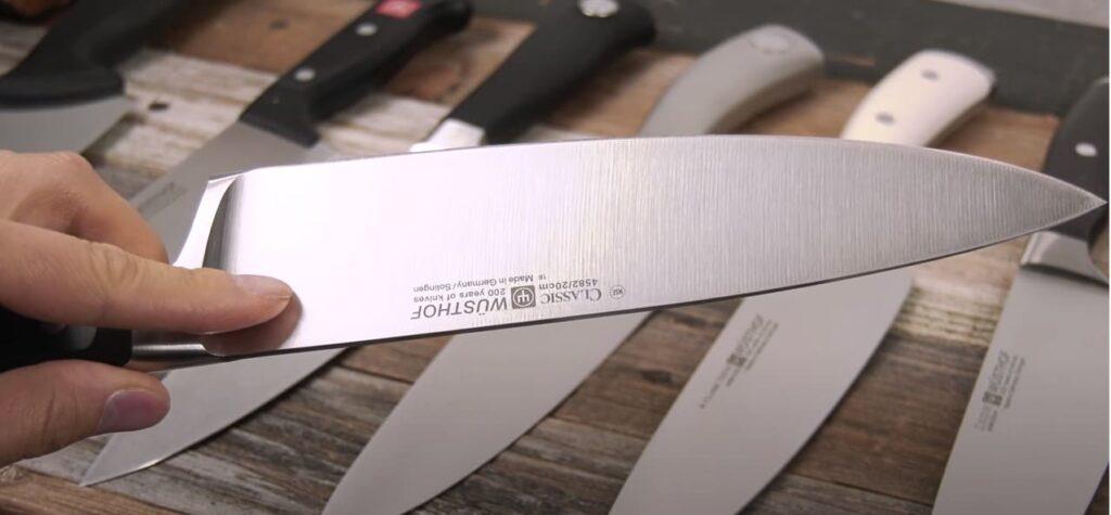 El Wüsthof Classic es uno de los cuchillos profesionales más vendidos por sus extraordinarias características. No pasa de moda.